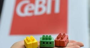 digitalSTROM auf der CeBIT 2013 - Intelligente Lüsterklemmen machen jedes Heim zum Smart Home.